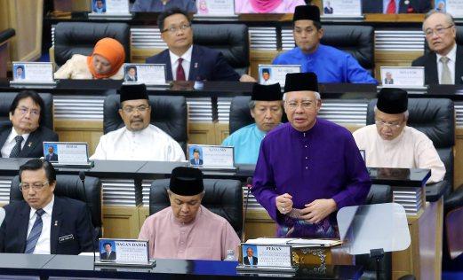 KUALA LUMPUR 23 OCTOBER 2015. Datuk Seri Najib Razak membentangkan Bajet 2016 di bangunan Parlimen. NSTP/ Yazit Razali